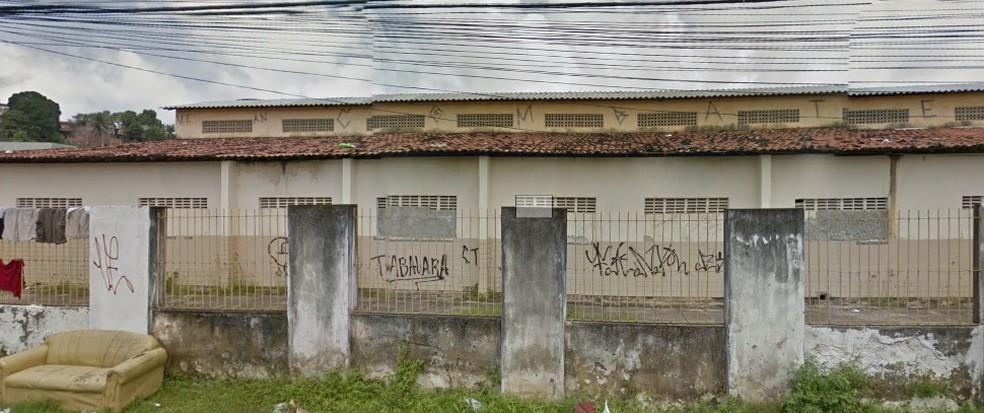 Escola Lions Dirceu Veloso fica em Olinda, no Grande Recife — Foto: Reprodução/Google Street View