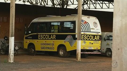 Polícia apreende documentação de micro-ônibus de estudantes em Nova Castilho