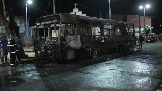 Nove suspeitos são autuados por envolvimento em ataques a ônibus e viaduto na Grande Fortaleza