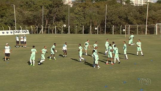 Bruno Aguiar é apresentado no Goiás e é mais uma opção para a defesa
