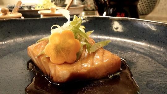 Fernando Kassab apresenta a receita do salmão Nizakana
