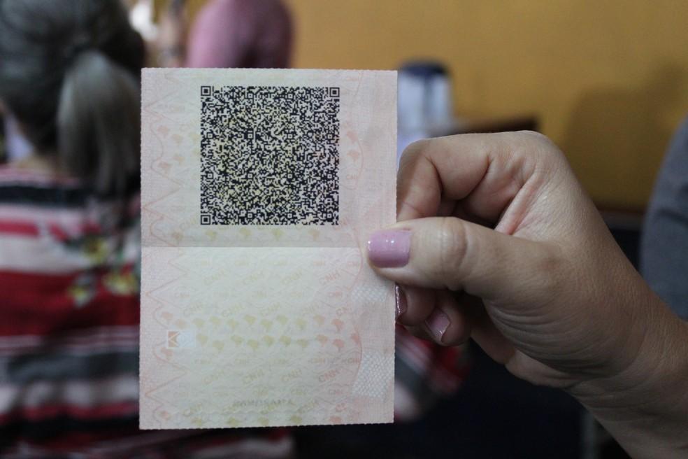 Para solicitar CNH Digital é necessário possuir carteira de habilitação com QR Code (Foto: Adneison Severiano/G1)