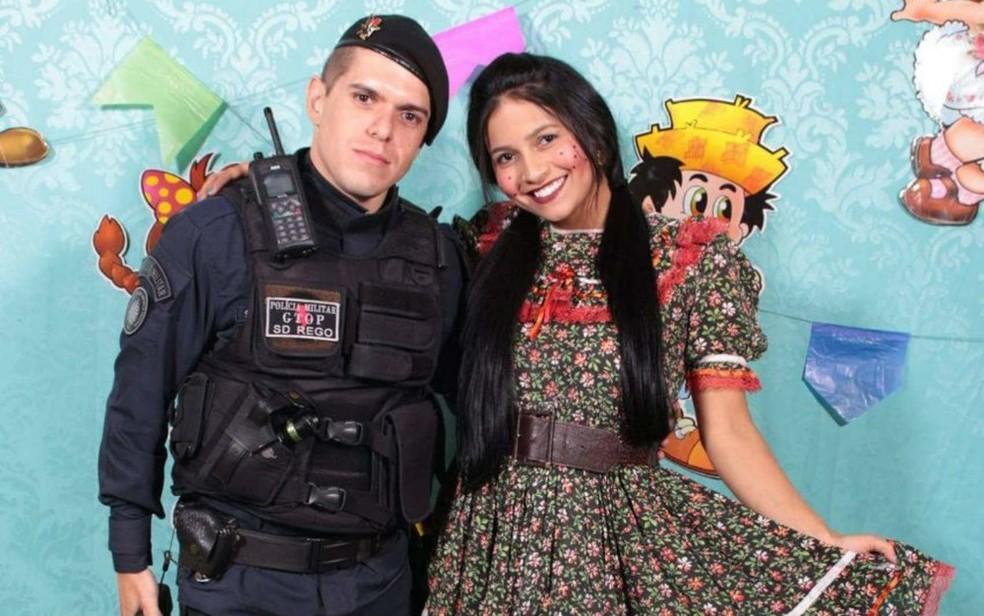 Jessyka Laynara e o então namorado, o PM Ronan Menezes do Rego — Foto: Arquivo pessoal