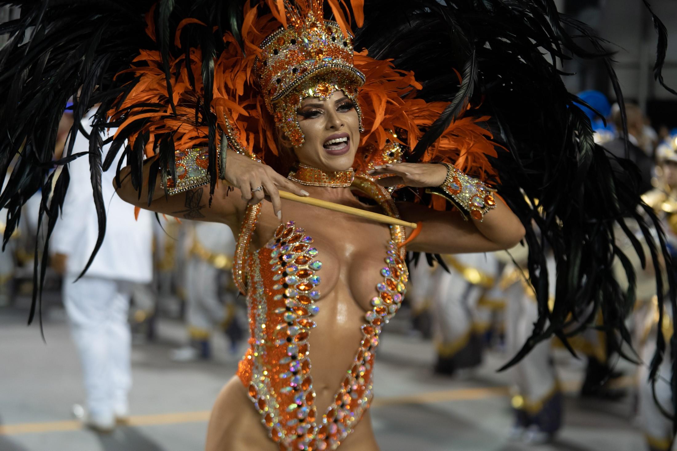 Desfile da Acadêmicos do Tatuapé; veja FOTOS