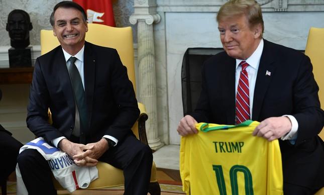 Bolsonaro e Trump no Salão Oval da Casa Branca