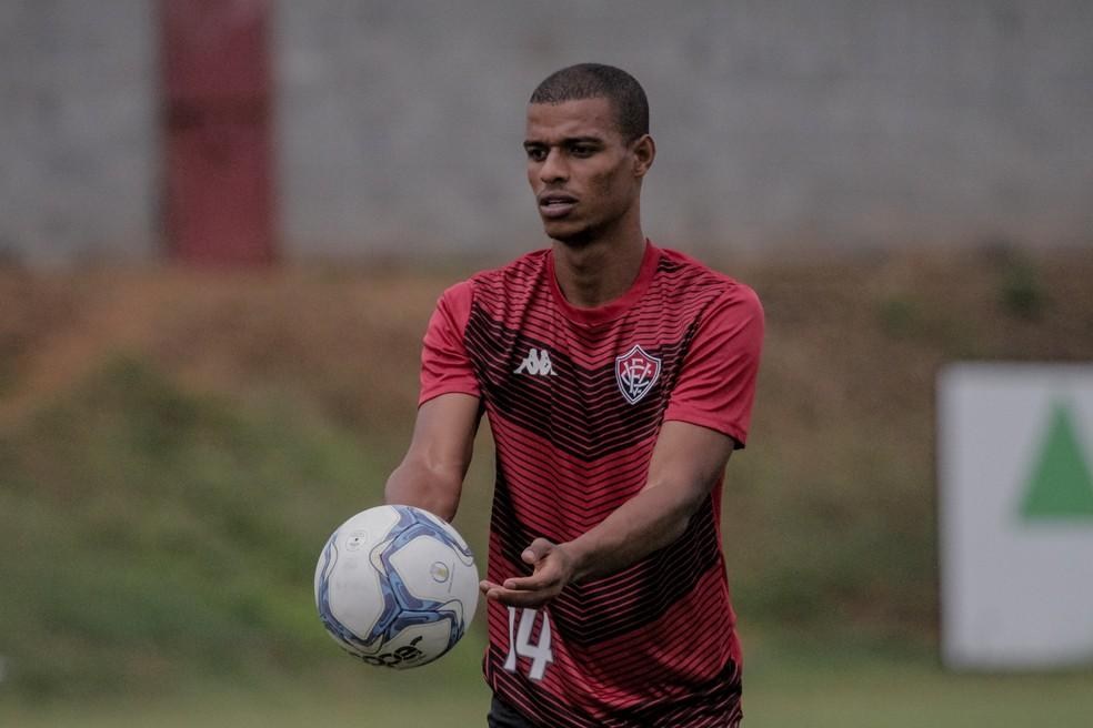 Lucas Cândido fez 23 jogos e marcou dois gols pelo Vitória em 2019 — Foto: Letícia Martins / EC Vitória / Divulgação