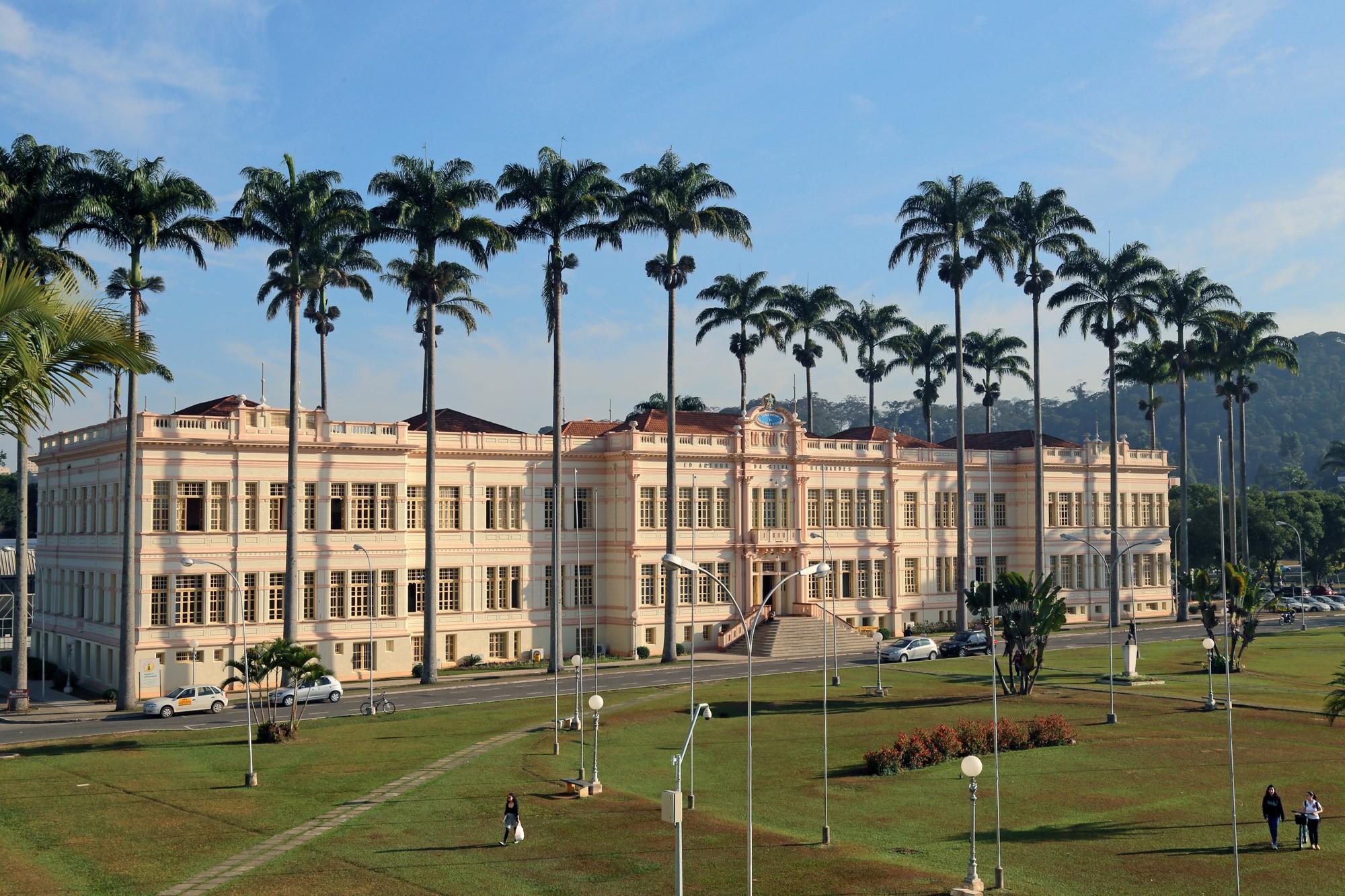 Pesquisa internacional aponta universidades federais da Zona da Mata e Vertentes entre as 30 melhores do Brasil - Notícias - Plantão Diário