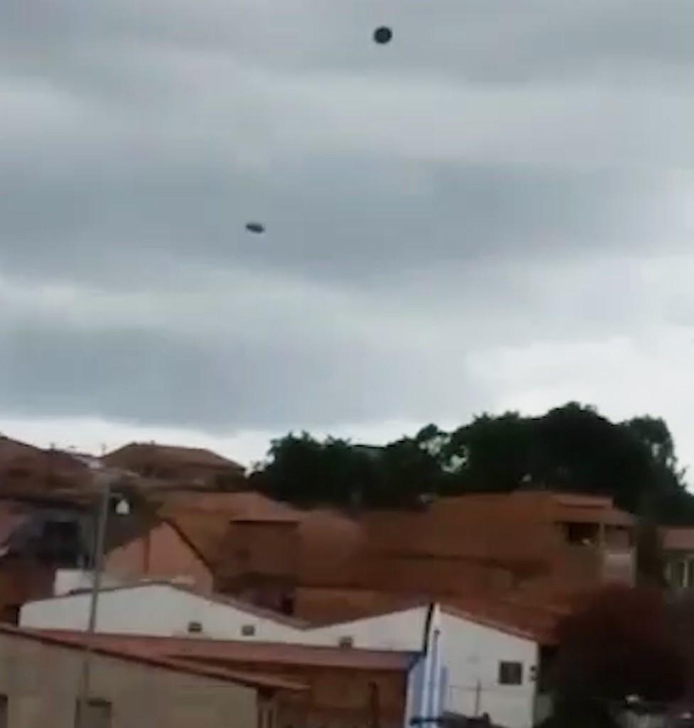 Forte ventania assusta moradores em São Luís; VÍDEO
