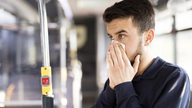Pesquisa mostra que o vírus influenza se comporta de maneira diferente nos grandes centros urbanos (Foto:  Getty Images via BBC News Brasil)