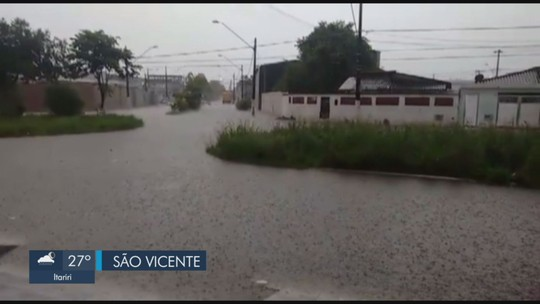 Chuva intensa atinge a Baixada Santista e Defesa Civil mantém alerta