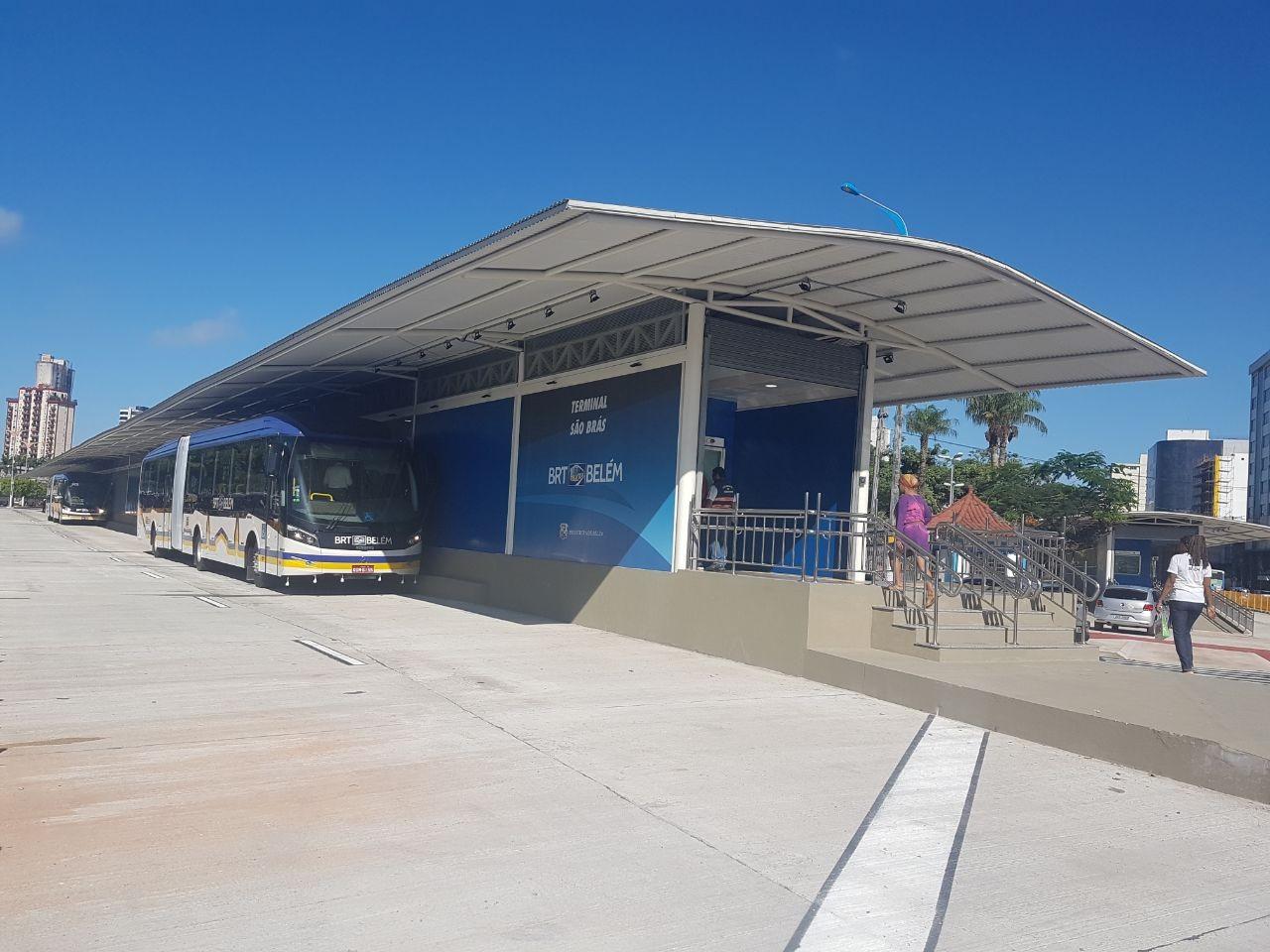 Trecho da pista do BRT é interditado no bairro de São Brás, em Belém - Notícias - Plantão Diário