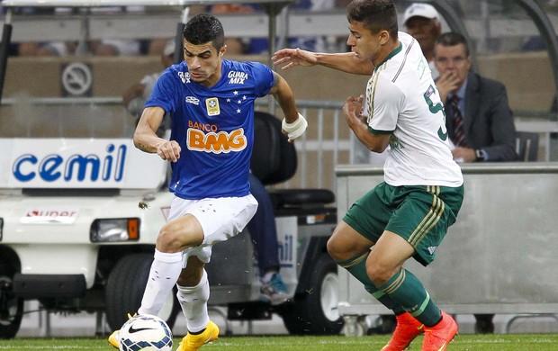 Egídio, Cruzeiro e Palmeiras no Mineirão (Foto: Gualter Naves/Light Press)