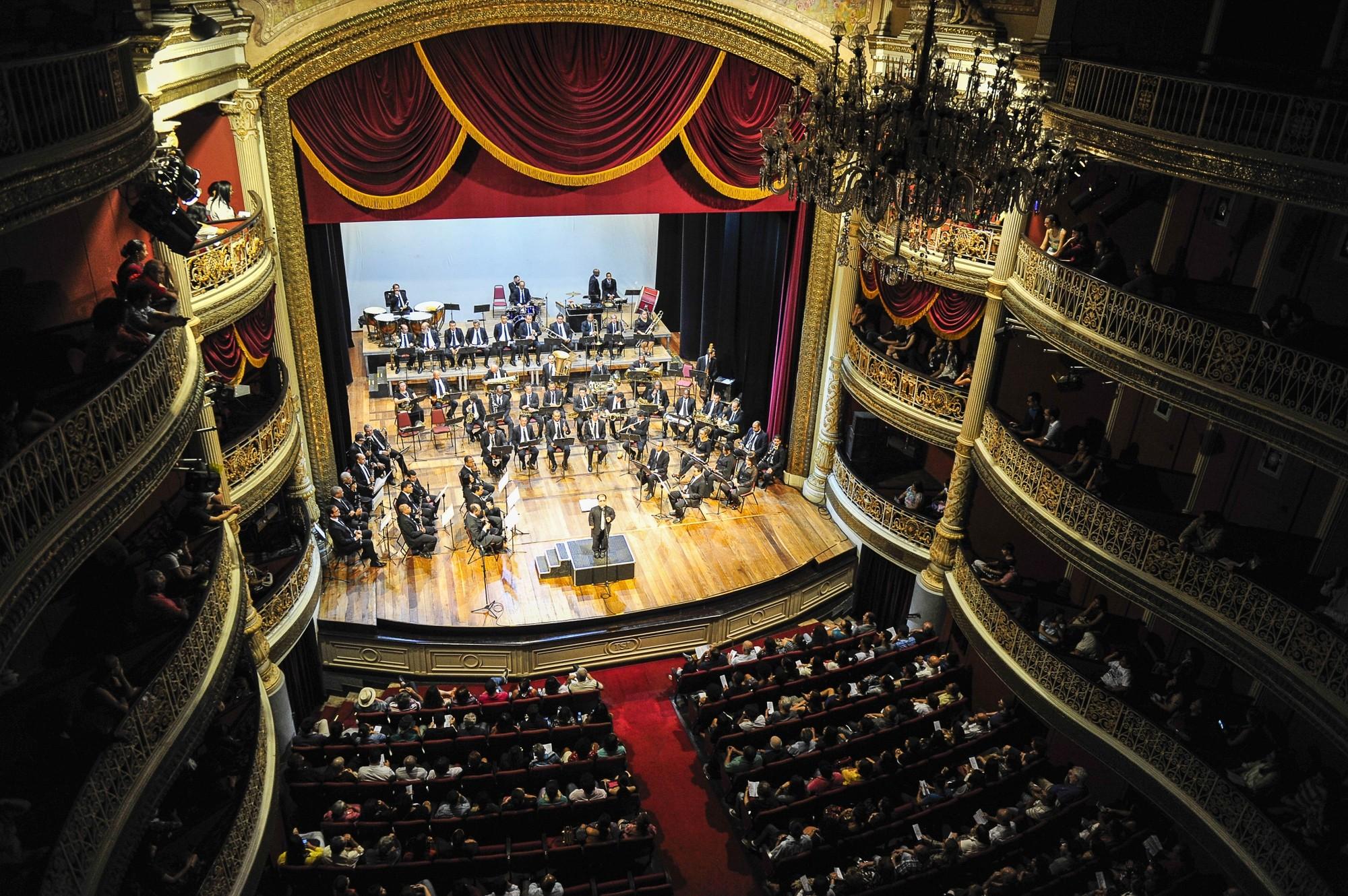 Banda Sinfônica do Recife faz dois concertos no Teatro de Santa Isabel