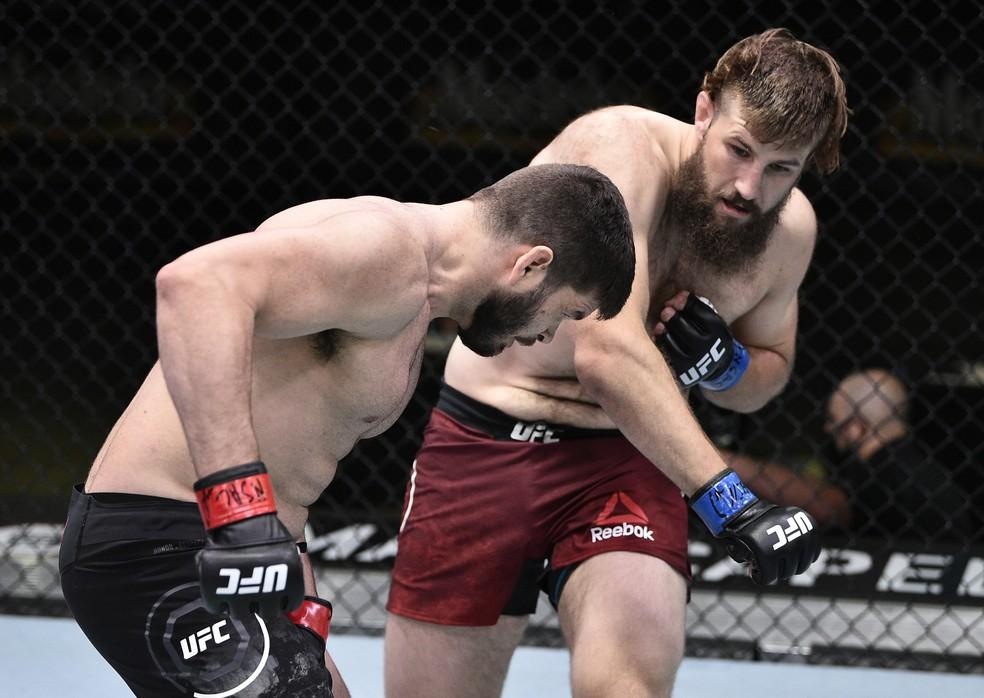 Tanner Boser nocauteou Philipe Lins no primeiro round no UFC: Poirier x Hooker — Foto: Getty Images