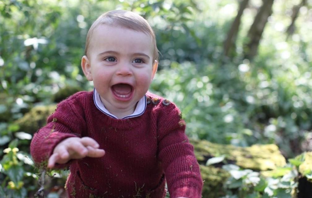 O príncipe Louis Arthur Charles, filho de William e Kate — Foto: Reprodução/Twitter/Kensington Palace