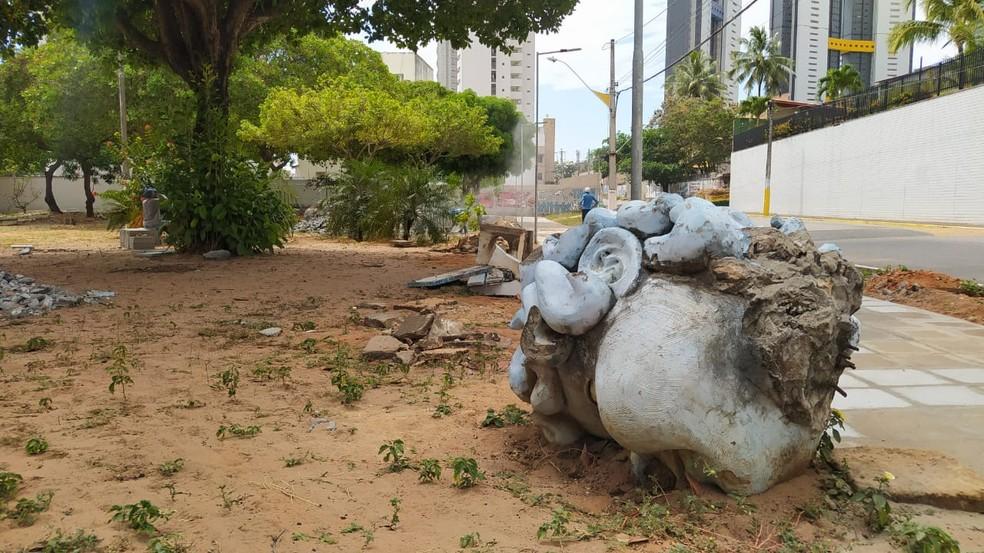 Cabeça do Anjo Azul, nesta quinta-feira (15) na praça Alagamar, em Natal. — Foto: Cedida