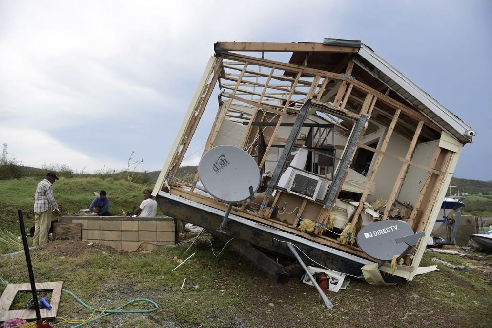 Furacão Irma destrói casa em Porto Rico (Foto: AP Photo/Carlos Giusti)