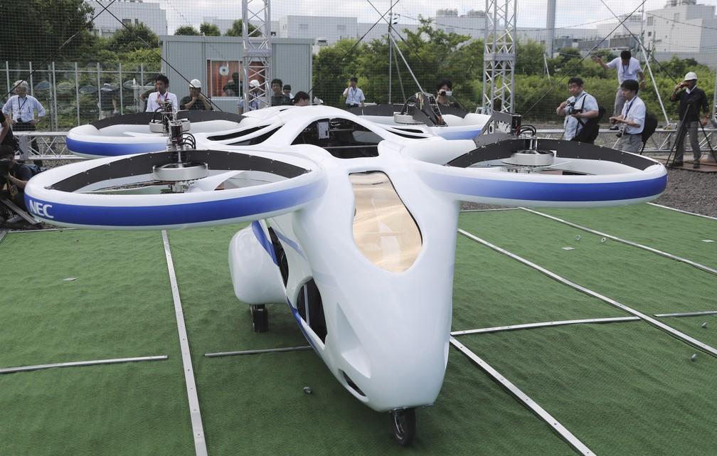 Carro voador da Nec ainda está em fase de testes — Foto: Koji Sasahara/AP