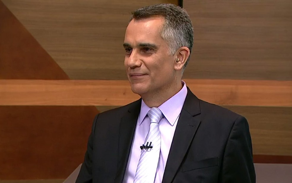 Jornalista Artur Almeida, da TV Globo Minas (Foto: Reprodução/TV Globo)