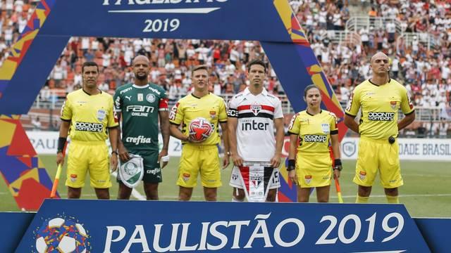 Árbitro Thiago Duarte Peixoto na partida entre São Paulo e Palmeiras