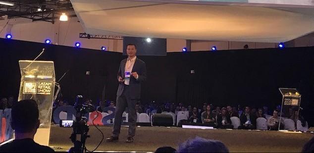 Kevin Peng, secretário-geral da China Chain Store & Franchise Association durante o LATAM Retail Show (Foto: Divulgação)