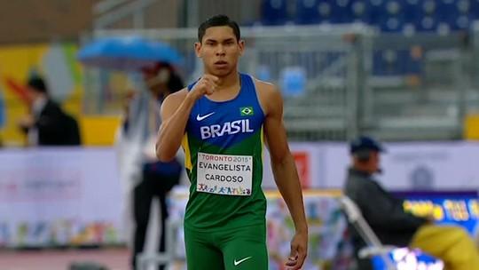 """Fenômeno do salto puxa chuva de ouros do Brasil: """"Para arrebentar"""""""