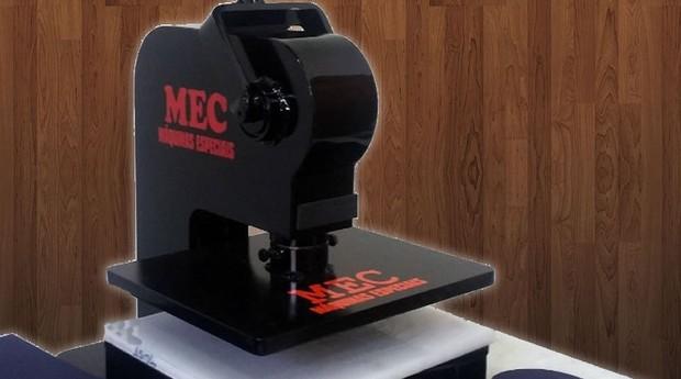 Máquina de Chinelo Manual  (Foto: Divulgação Mec Máquinas)