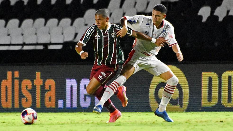 Matheus Martins em ação pelo Fluminense contra o Bangu — Foto: MAILSON SANTANA/FLUMINENSE FC