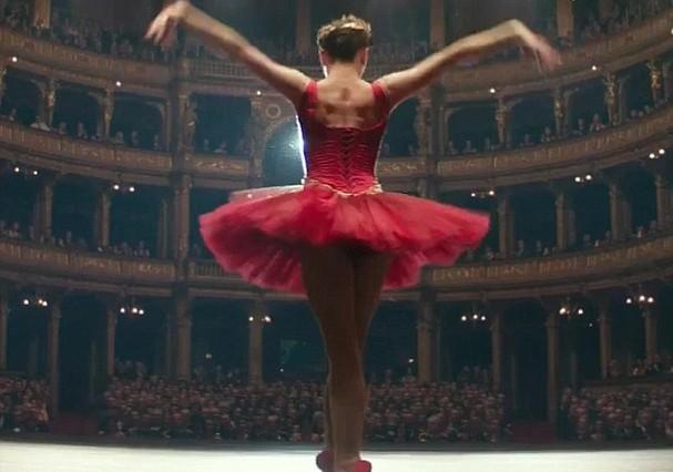 """Jennifer Lawrence em """"Red Sparrow"""" (Foto: Reprodução)"""