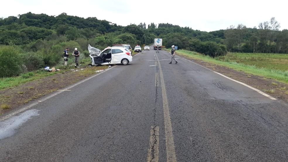 Acidente aconteceu por volta das 10h30 na BR_285 logo depois da ponte sobre o Rio Urubucaru — Foto: PRF/Divulgação