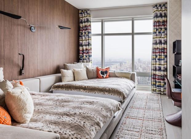 Apartamento tem décor contemporâneo, mas longe da monotonia (Foto: Shalini Misra/Divulgação)