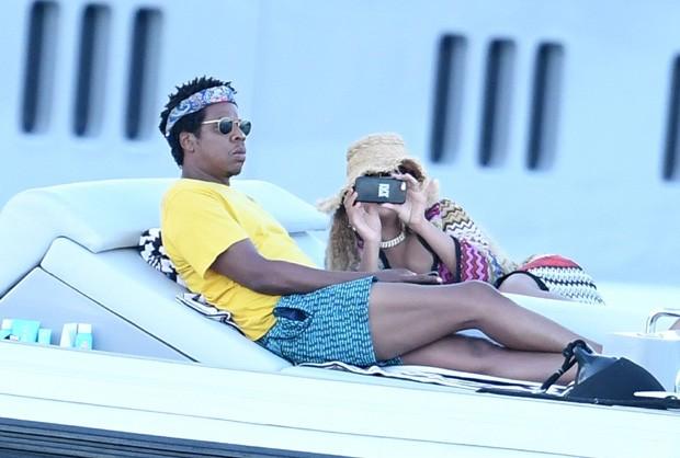 Beyoncé e Jay-Z na Itália (Foto: BackGrid)