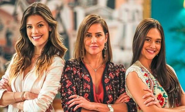 Vitória Strada, Deborah Secco e Juliana Paiva em 'Salve-se quem puder' (Foto: TV Globo)