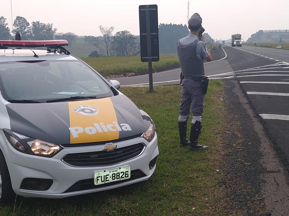 Flagrante aconteceu durante fiscalização da Polícia Rodoviária na Semana Nacional do Trânsito — Foto: Polícia Rodoviária/Divulgação