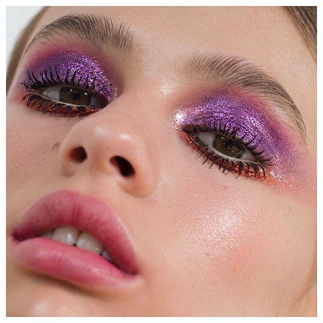 Muitas cores e texturas pontuam as criações de Netta Szekely  (Foto: reprodução Instagram )