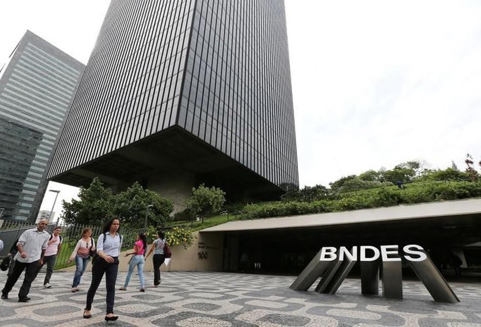 BNDES está negociando com governo devolução de dinheiro do FAT (Foto: REUTERS/Sergio Moraes)