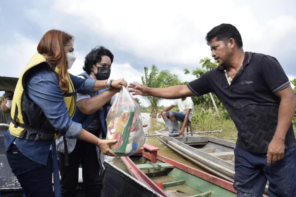 Doações foram levadas a afetados pela cheia dos rios no Acre — Foto: Asscom/MP-AC