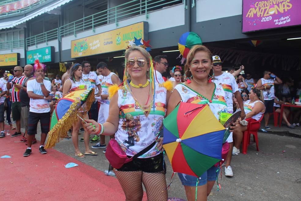 As sombrinhas de frevo tomaram conta do Galo de Manaus, inspirado em tradicional festa pernambucana — Foto: Indiara Bessa/G1 AM