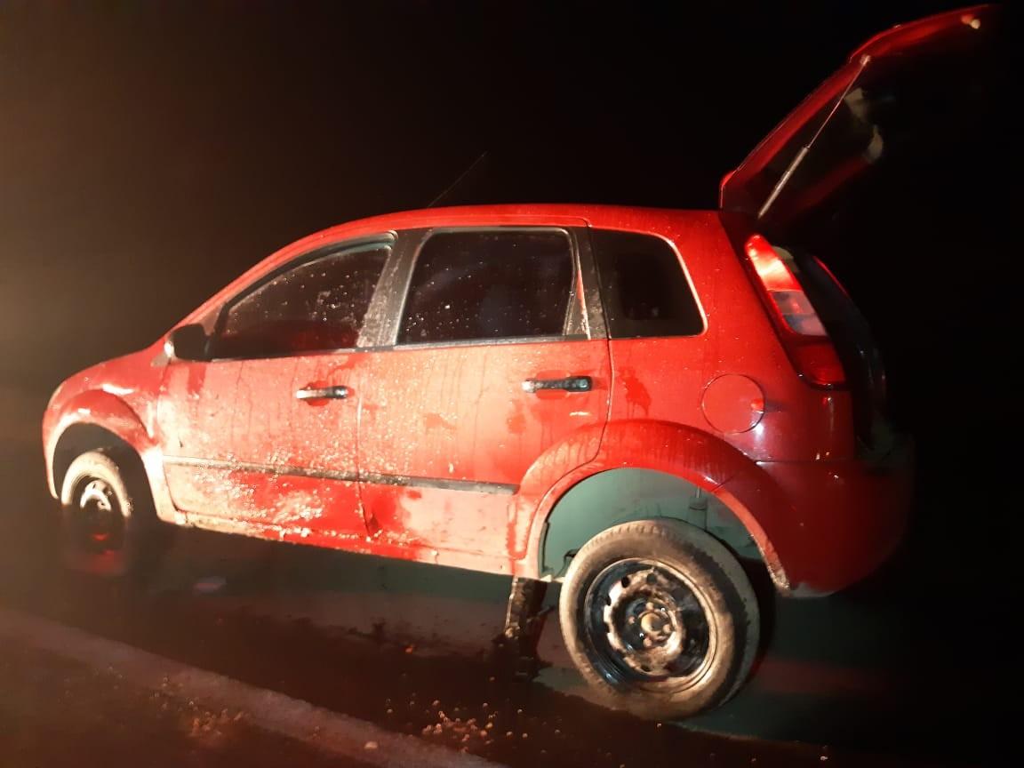 Dois homens morrem atropelados trocando pneu de carro na BR-470 em SC - Notícias - Plantão Diário