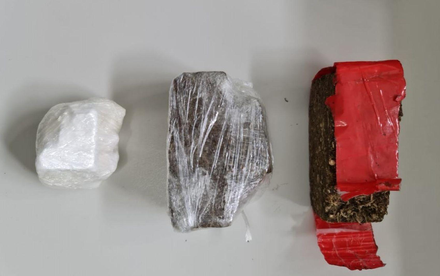Homem é preso suspeito de tráfico de drogas em Tobias Barreto
