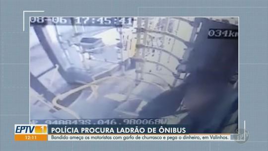 Polícia Militar de Valinhos procura suspeito de assaltar ônibus; vídeo