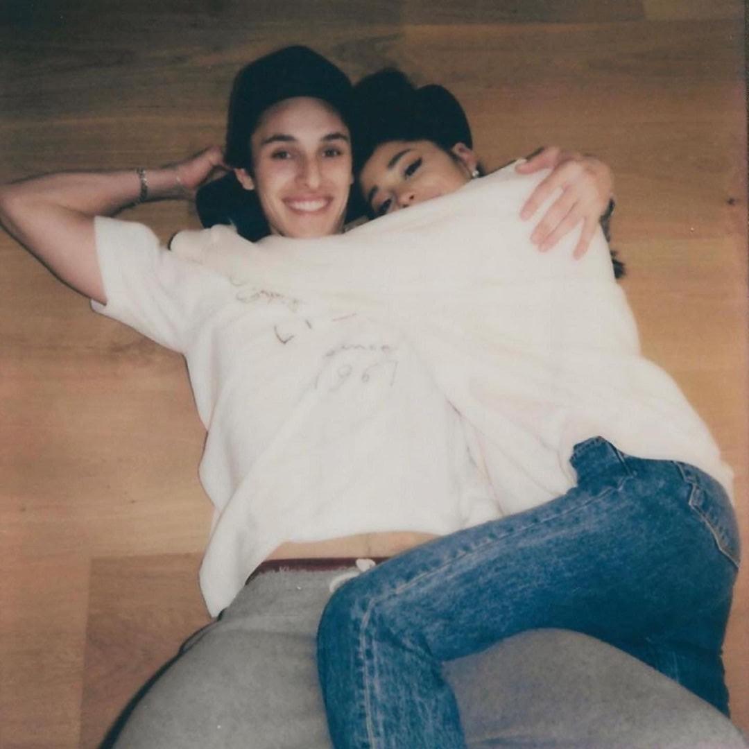 Ariana Grande e Dalton Gomez (Foto: Reprodução/Instagram)