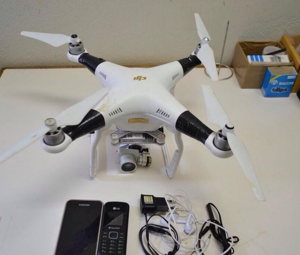 Agente de segurança identificou drone sobrevoando penitenciária na madrugada desta quarta-feira (16) em Uberlândia (Foto: Ascom/Seap)