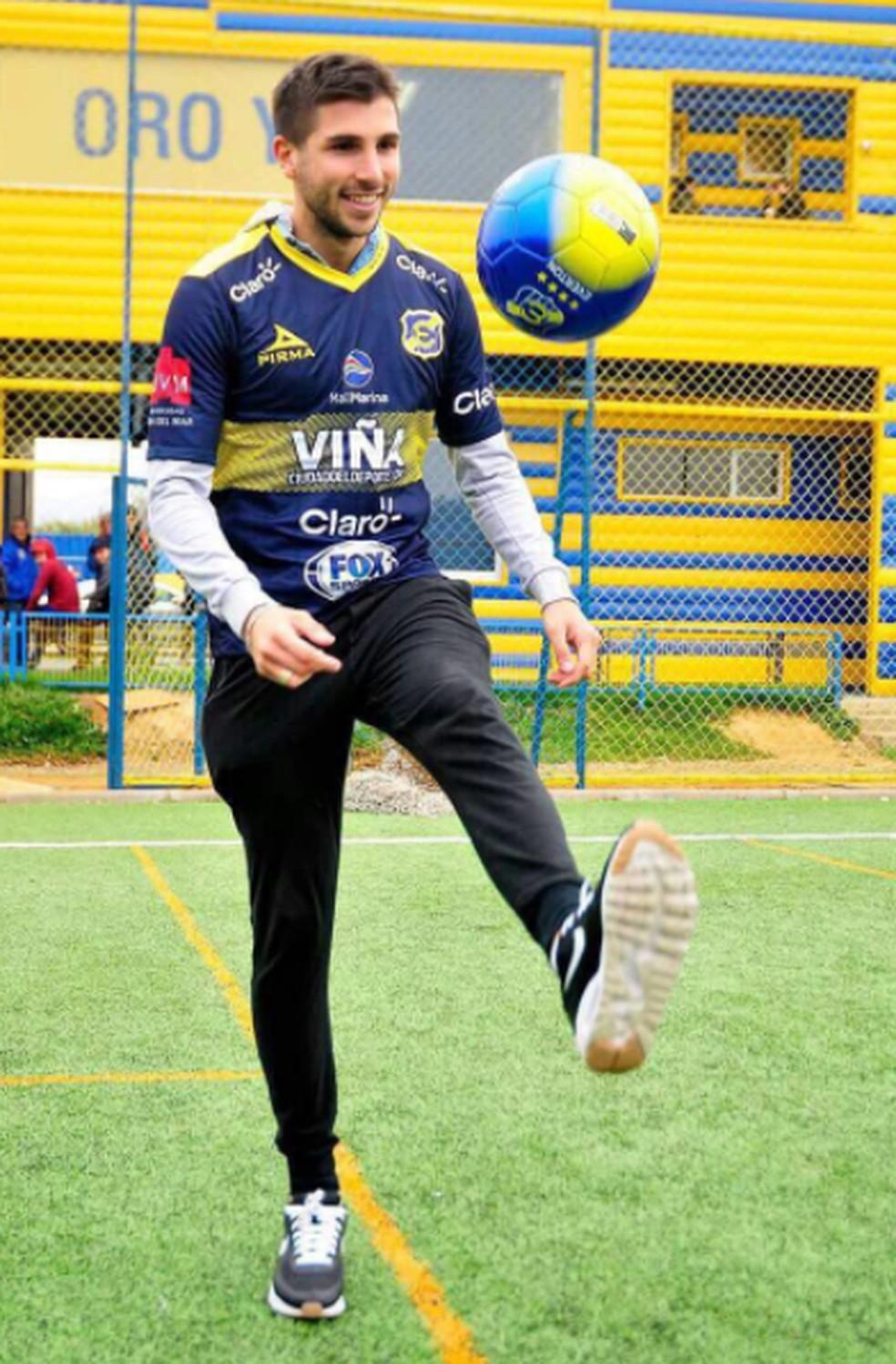 Lucas Mugni no Everton, do Chile — Foto: Divulgação