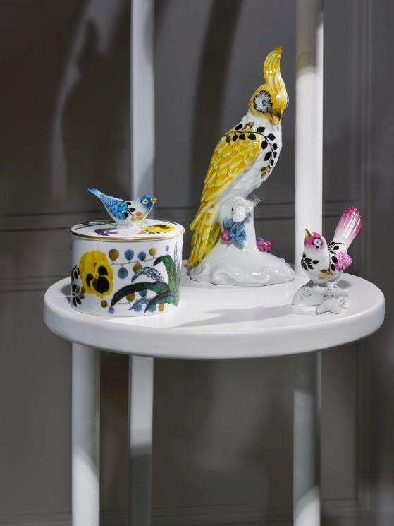 As peças são inspiradas pela primavera, com pássaros, flores e plantas (Foto: Divulgação)