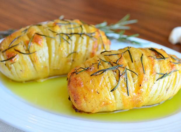 Batata laminada com queijo e alecrim (Foto: Divulgação)