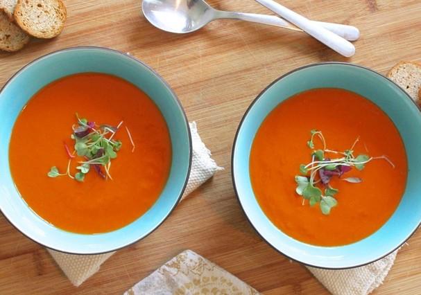 Sopa de tomate e curry (Foto: Divulgação)
