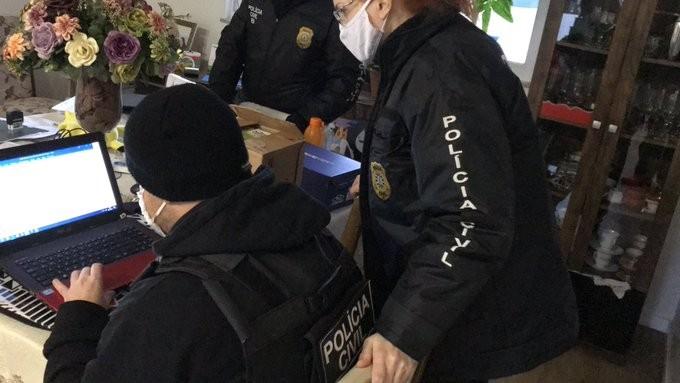 Suspeitos são presos em operação que investiga fraude no IPE Saúde no RS
