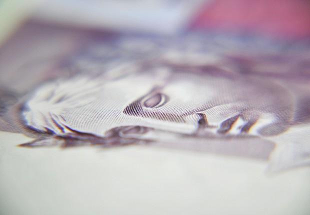 dinheiro - nota - real - mercado - economia - juros - contas públicas - bc - focus - deficit - 5 reais - tributos (Foto: Thinkstock)