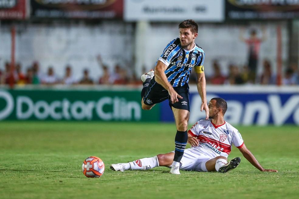 Kannemann voltou ao Grêmio no empate com o São Luiz — Foto: Lucas Uebel/Divulgação Grêmio